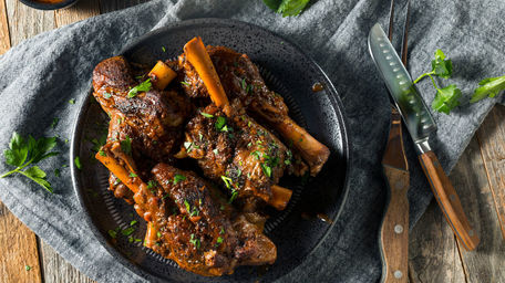 Slow Cooked Lamb Shanks with Parmesan Mashed Potatoes