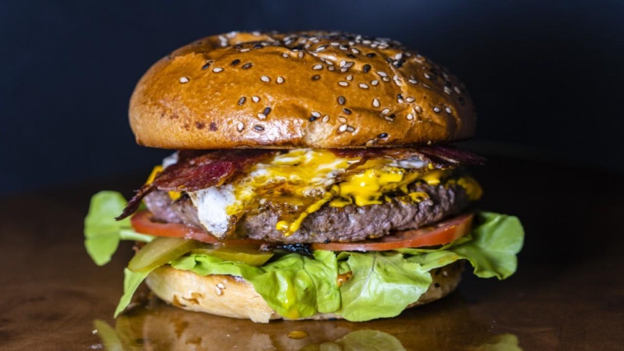 Curried Lamb Burgers, Mango Yogurt Dressing