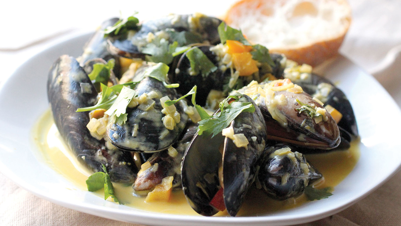Mussels in Spiced Coconut Milk