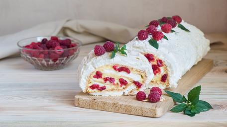 Rhubarb Meringue Roulade