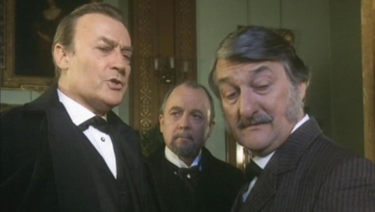 Hands Of A Murderer: A Sherlock Holmes Adventure